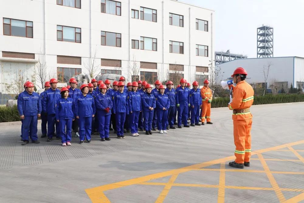 公司举行消防演练51